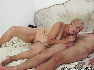блондинки, куннилингус, Facial, бабушка, Horny, порнозвезда,