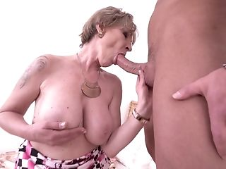 Big Tits, Cougar, Dick, Mature, Riding, Short Haired,