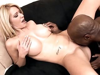 Ashley Winters, Pau Grande, Peitos Grandes, Loiras, Boquete, Gozar No Peito, Garganta Profunda, Pênis, Hardcore , Interracial,