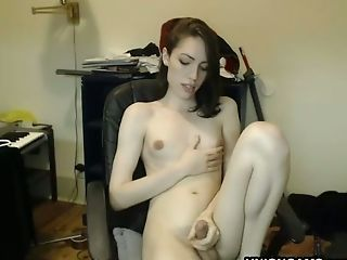 Amateurs , Brunes, Séduction, Transexuelle , Slut,