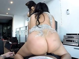Beauty, Brunette, Cute, FFM, Hardcore, Horny, Slut, Spanish, Threesome, Venezuelan,