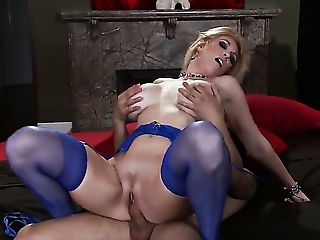Babe, Big Natural Tits, Big Nipples, Big Tits, Blonde, Charlee Chase, College, Cougar, Cute, Experienced,